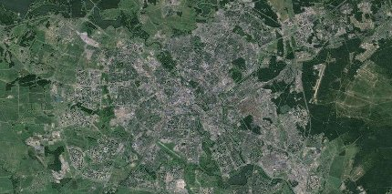 Satellite_view_of_city_Minsk_2013_kll